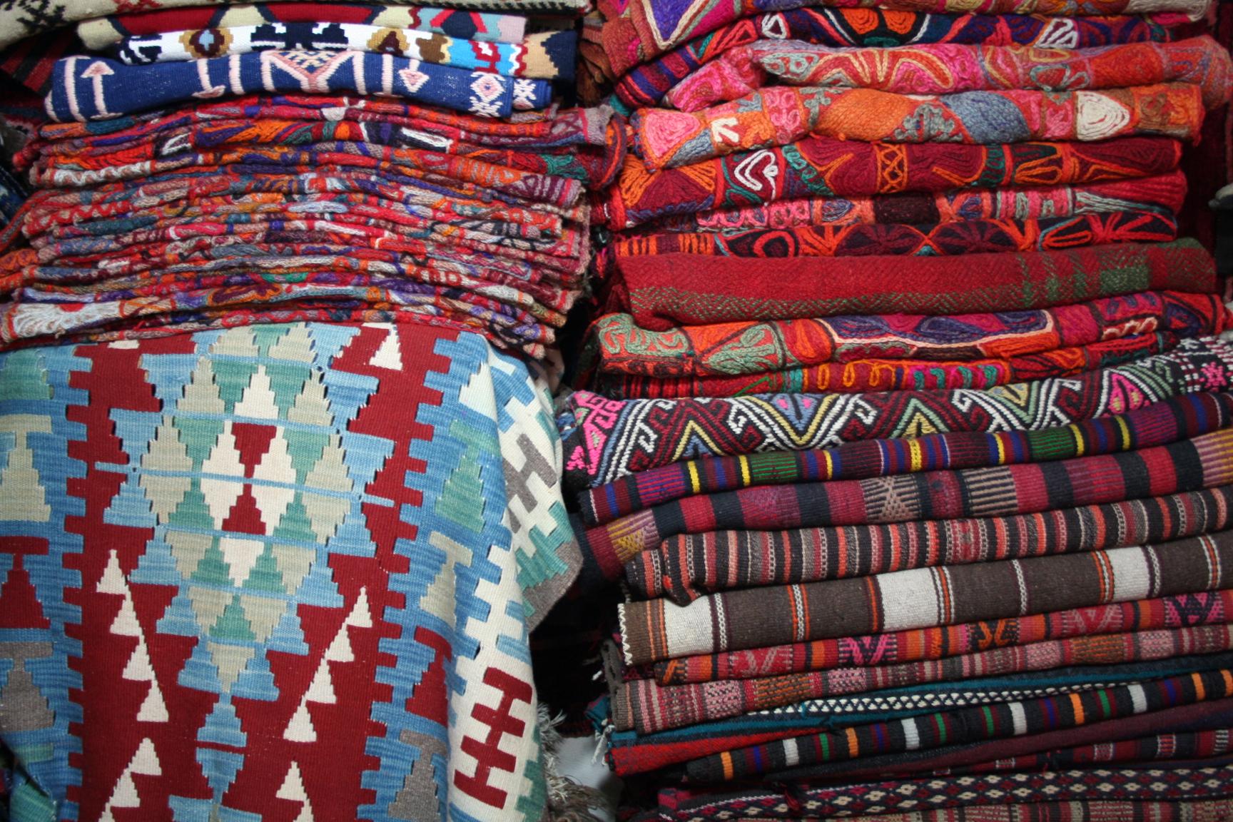 tappeti-oggetto-di-arredamento-classico-e-moderno