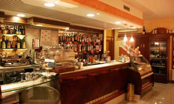 attrezzature-per-bar-barman