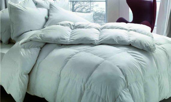 cinque-buoni-motivi-per-dormire-avvolti-da-un-piumino-cinelli-piume-e-piumini