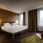 camera da letto superior dell'hotel stile vintage V Nesplein in Amsterdam