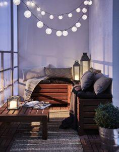 consigli sulle luci per un balcone piccolo